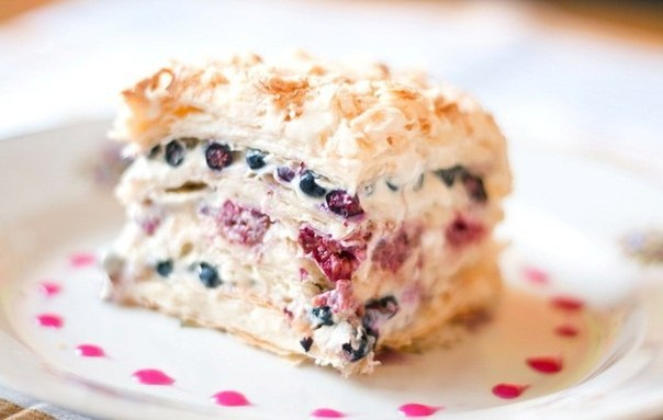 wpid Ip3vfnY9jyg Слоеный торт со свежими ягодами