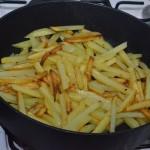 Жареная картошка на завтрак