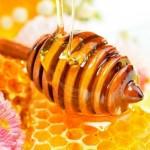 9 способов вкусно и полезно съесть мед: