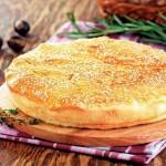 Пататопита — греческий пирог с картофелем и рисом