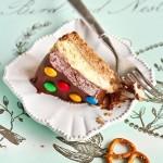 Шоколадный мусс+соленые крендельки+M&Ms=Чизкейк.