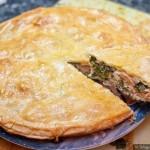 Пирог с семгой, брынзой и шпинатом