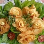 «Розы» из картофеля во фритюре