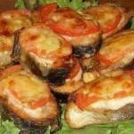 «Рыба с помидорами под сыром»