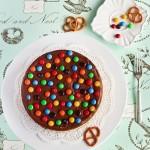 Шоколадный мусс+соленые крендельки+M&Ms=Чизкейк