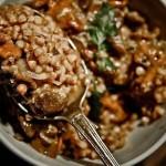 ✔     Гречка с мясом и грибами