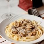 ✔  Спагетти со сливочно-грибным соусом