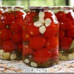 Какие заготовки на зиму сделать из помидоров?