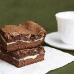 ✔     Шоколадные брауни со сливочной начинкой