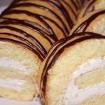 5 рецептов вкуснейших домашних бисквитных рулетов