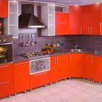 Кухня яркая красный монохром