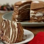 Блинный шоколадный торт на завтрак.
